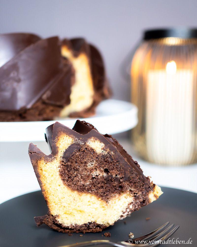 Und Es Funktioniert Doch Der Trick Mit Der Perfekten Schokoglasur Rezept In 2020 Schokoglasur Kuchen Buffet Dessert Ideen
