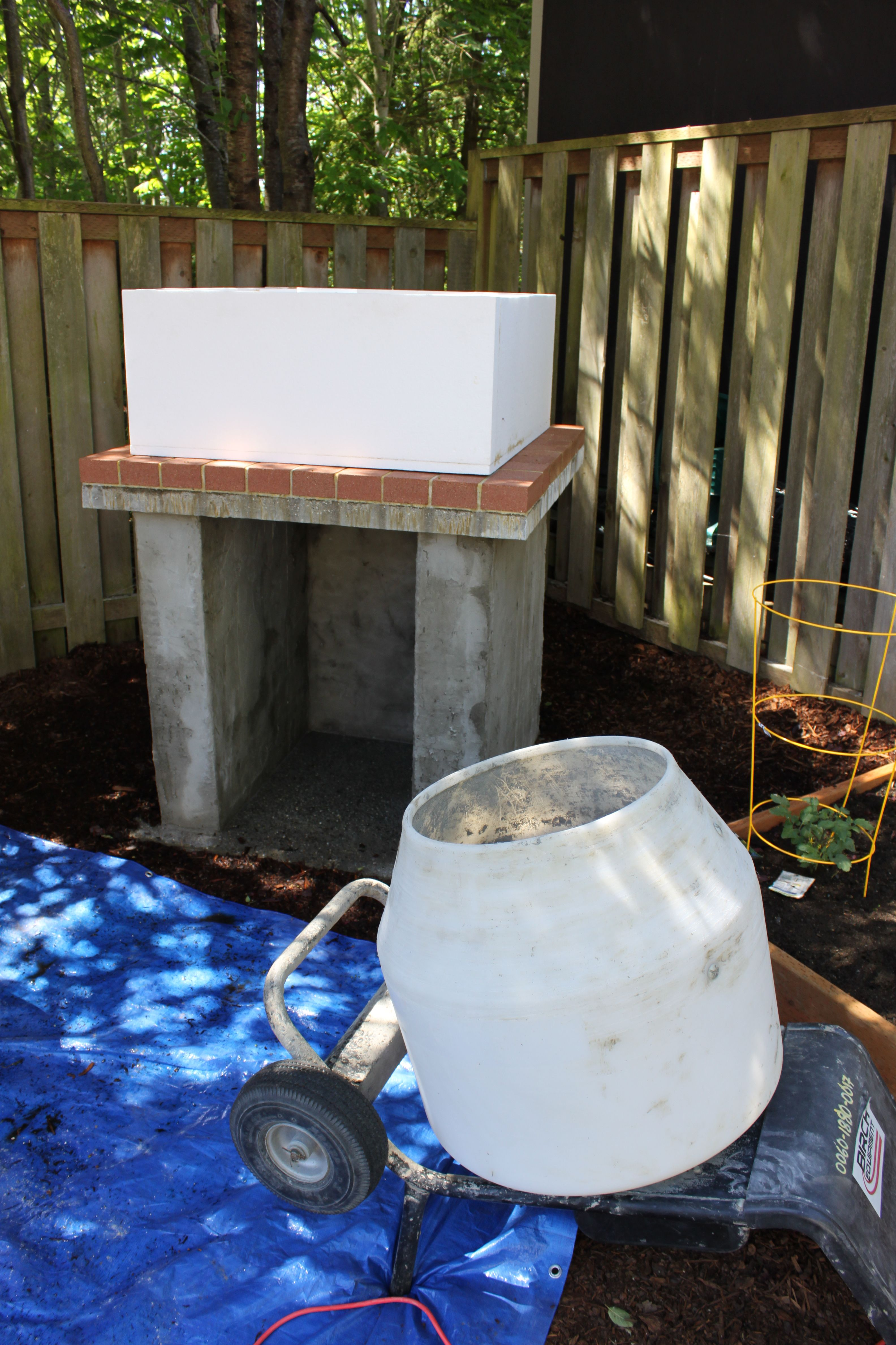 the cronin family wood fired pizza oven a 28 dome oven built with