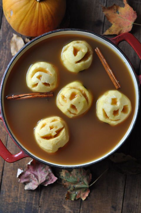 35 Spooky (But Delicious!) Halloween Food Ideas Halloween foods - spooky food ideas for halloween