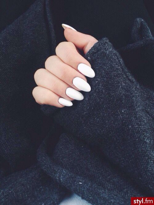 Nails White Oval | •NAILS | Pinterest | Acrylics, Make up and Nail inspo