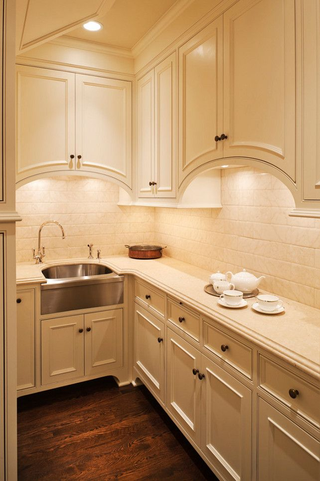cabinetry color with stainless steel (use oil rubbed bronze hardware ...