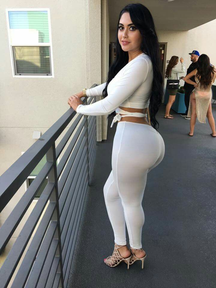 Jailyne Ojeda Ochoa Nude Photos 34