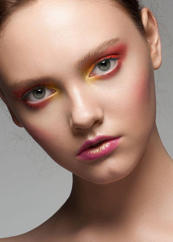 MakeUp Arts / Beauty Photography / Retouching