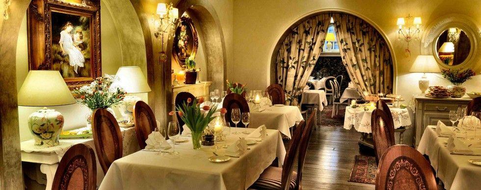 Restauracja Delicja Polska Warsaw Table Decorations Decor Table Settings