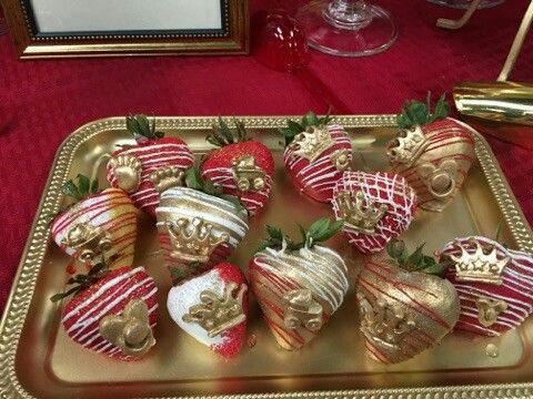 Red White Gold King Theme Strawberries