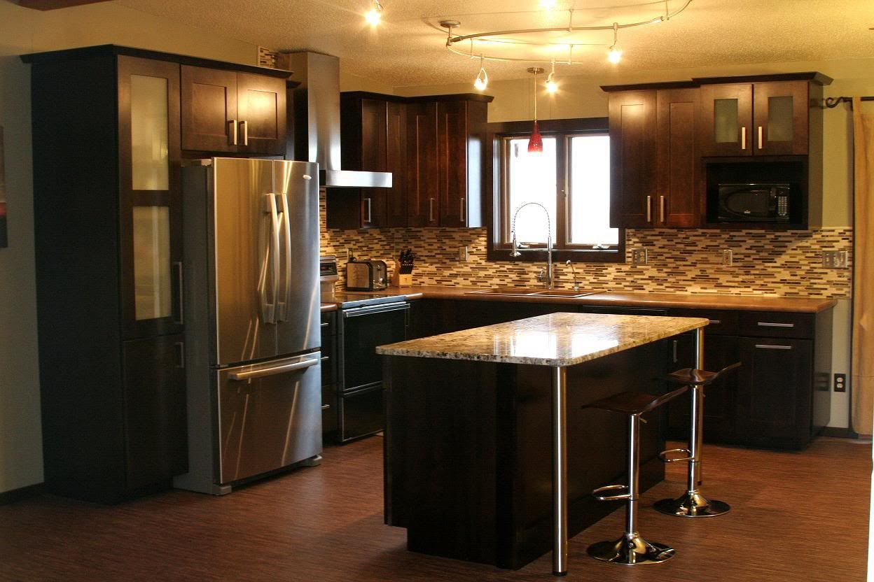 kitchens with dark cabinets | ... Espresso Cabinets with ...