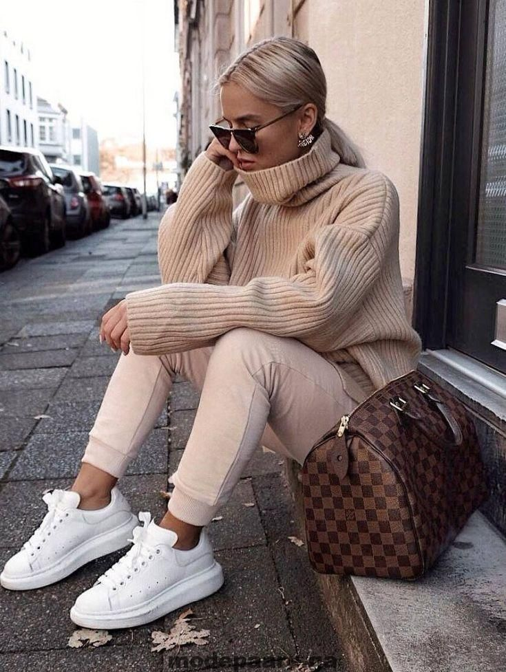 casual + style + obsession_bag +++ sneakers +++ blush + skinnies +++ oversize + …