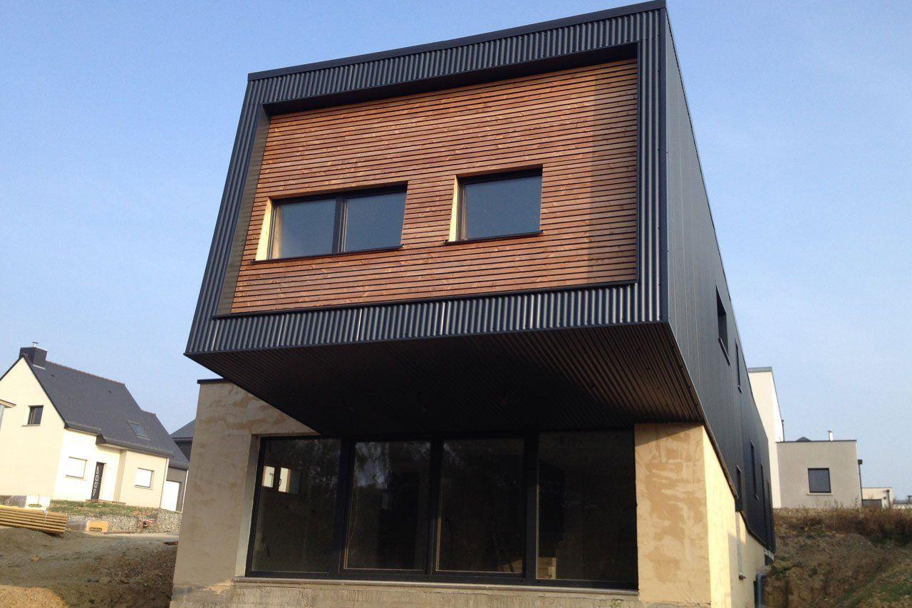Le Revetement De Facade D Un Container Maison Container Bardage Maison Ossature Metallique