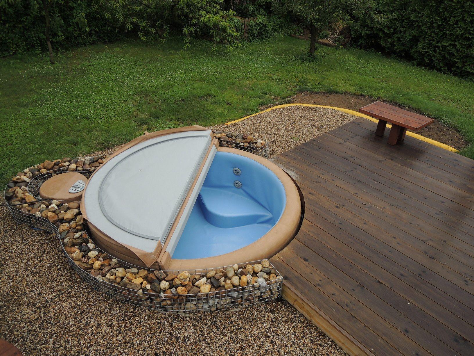 Pool Im Garten Leeren The Perfect Solution For Softub Resort 300 Softub Spa
