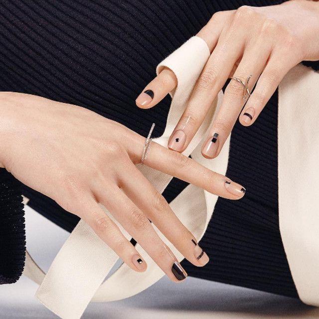 Negative Space Nail Art To Show Your Manicurist Negative Space