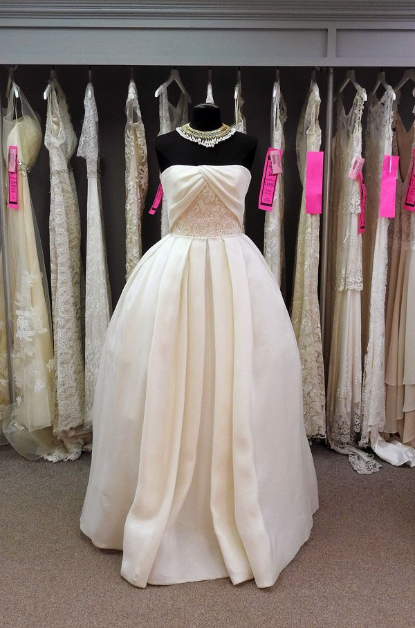 Reem Acra Couture Wedding Dress Off The Rack