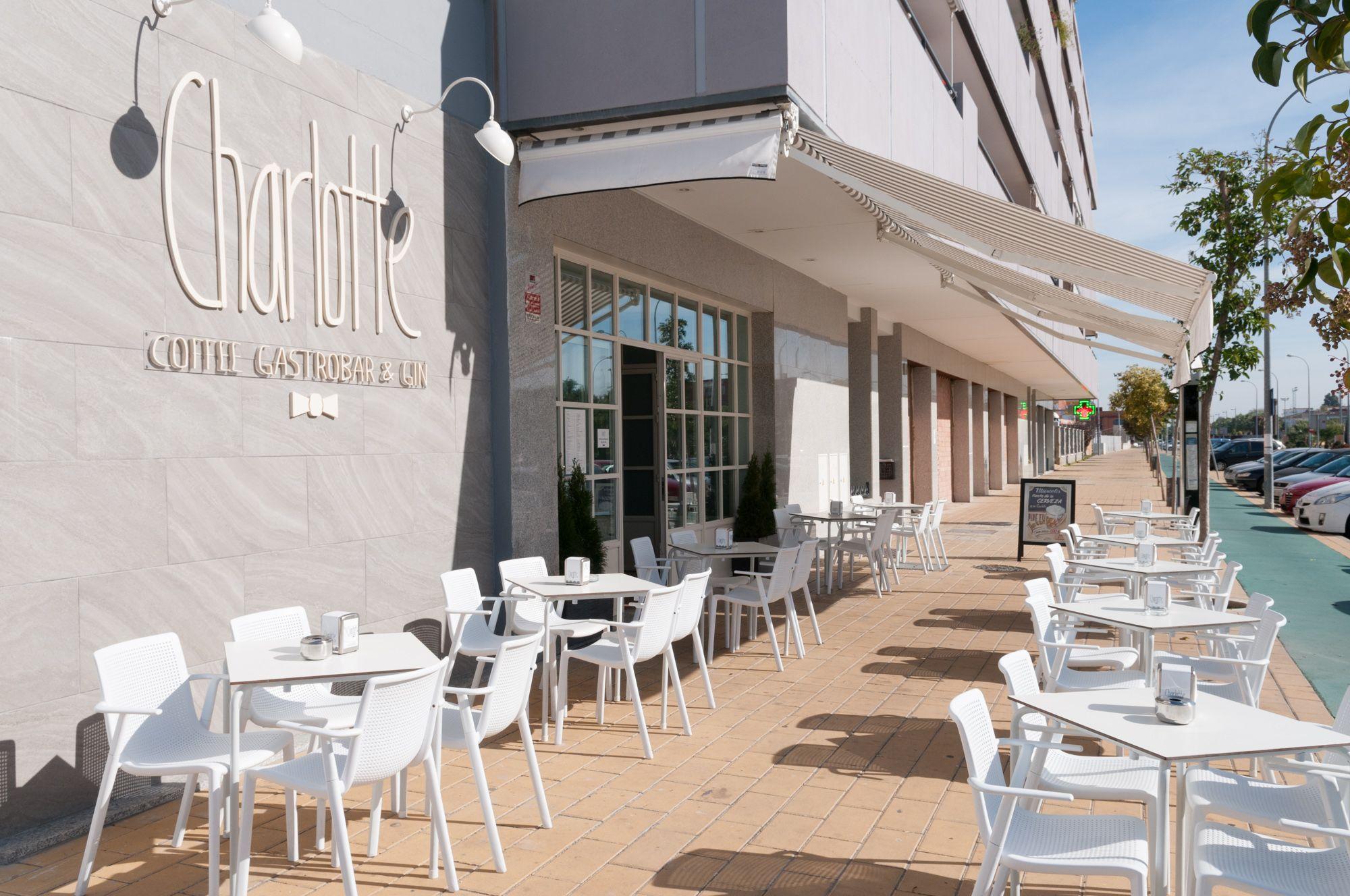 Charlotte Coffee Gastrobar & Gin | San José de la Rinconada (Sevilla ...