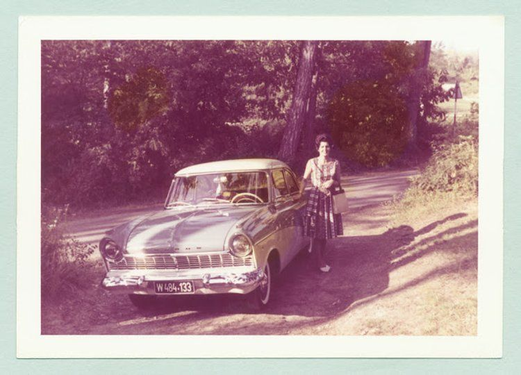 Wonderful Kodacolor Prints Of Women With Classic Cars In The 1950s