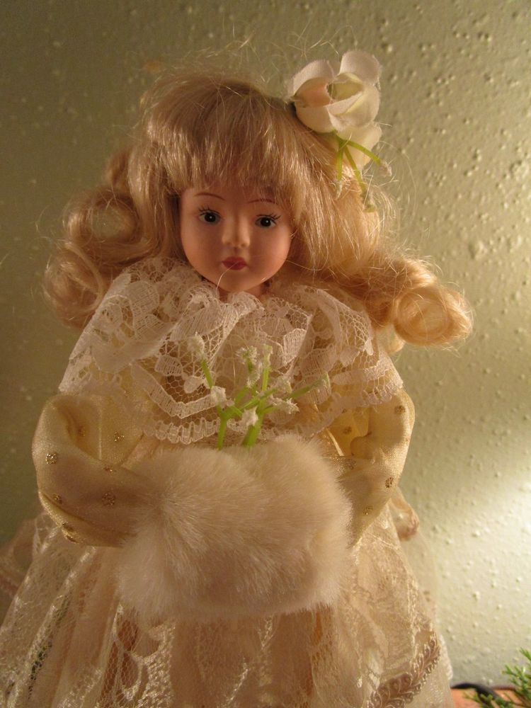 Pretty Vintage Angel Christmas Tree Topper Ivory Lace Shabby Victorian