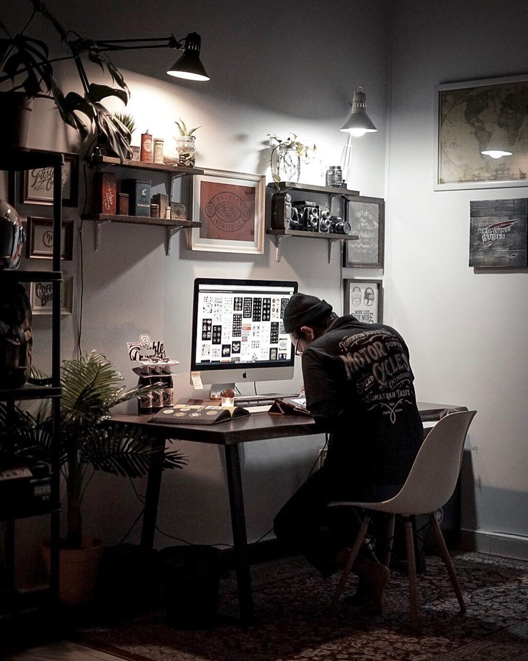 Khairul Fikri On Instagram Midnight Vibes Khairulitiesproject Workspace Homestudio Work Space Decor Photography Home Office Design Studio Workspace