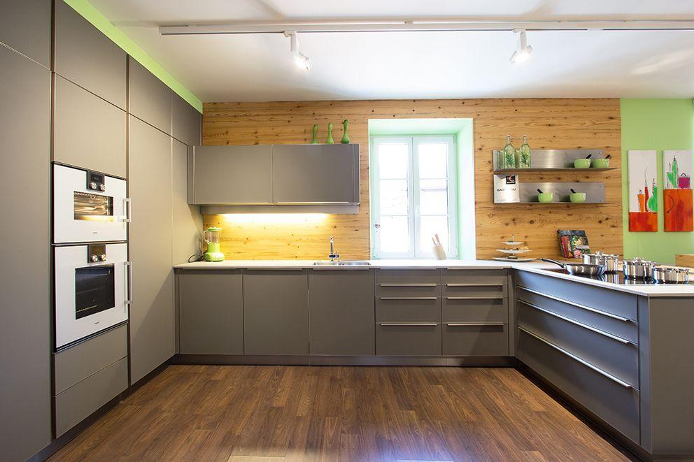 k chenr ckwand aus altholz fichte holzr ckwand k chenr ckw nde pinterest kuchen. Black Bedroom Furniture Sets. Home Design Ideas