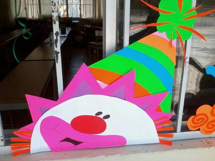 Payaso sal n de clases payasos escuela y decoracion for Decoracion puertas dia del nino