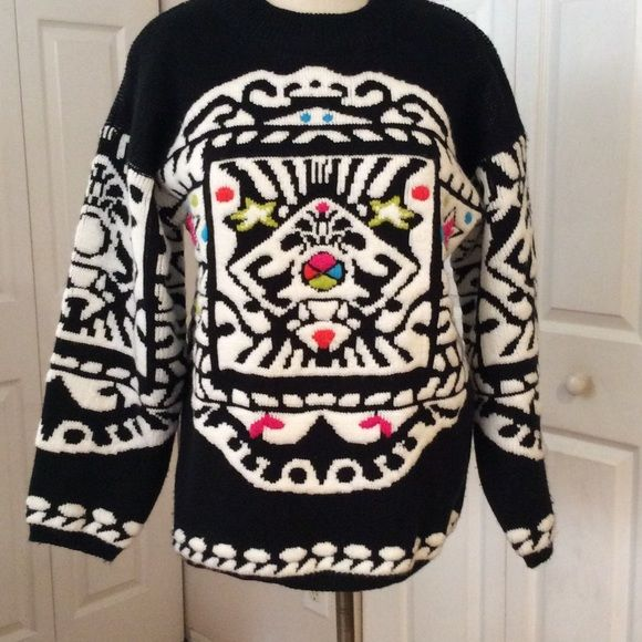 Beautiful, Colorful & Festive Acrylic Sweater Great for the holidays.  Very Warm. Hand Wash, Lay Flat Jamie Scott Sweaters Crew & Scoop Necks