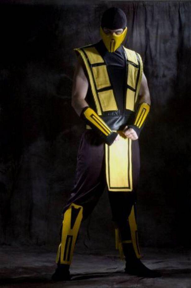 cosplay mortal kombat scorpion scorpion cosplay