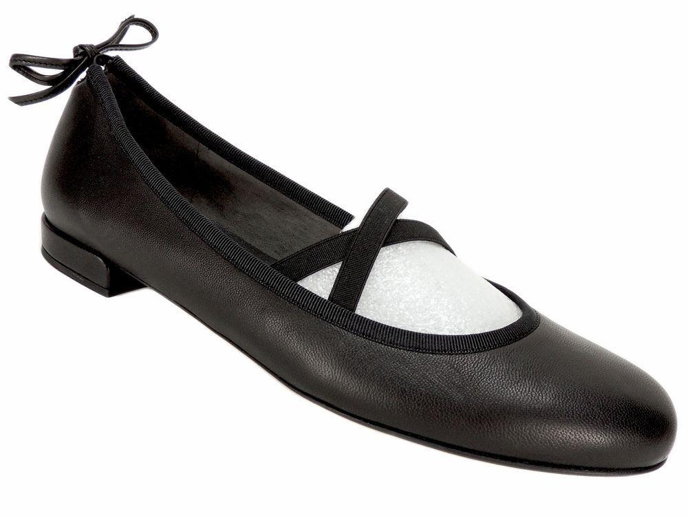 f45d17e8f23 Stuart Weitzman Women s Bolshoi Back-Tie Flats Black Nappa Leather Size 8 M   StuartWeitzman