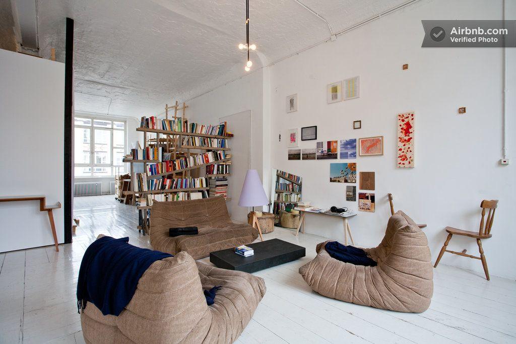 Room Artist Loft Berlin Kreuzberg Airbnb Togo Ligneroset