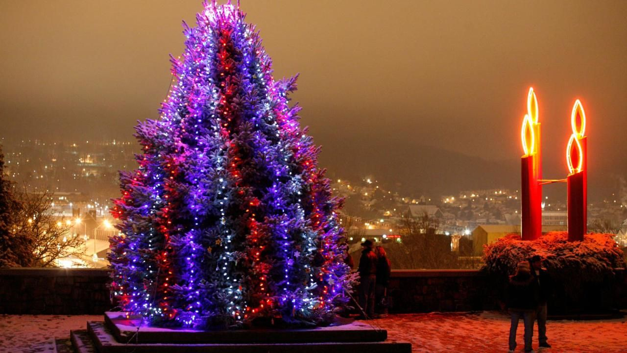 This Christmas City In Pennsylvania Might Be The Most Festive In