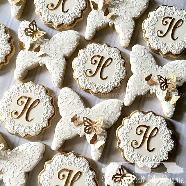 butterfly monogrammed bridal shower cookies using one of my favorites round