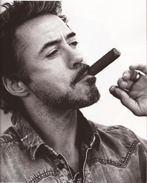 Robert Downey Jr. que bien le sienta la madurez!!!!!!!
