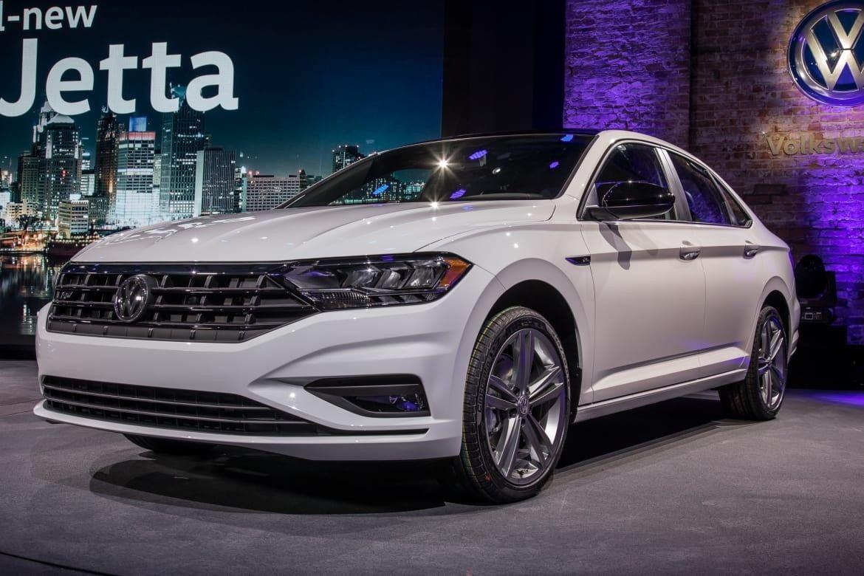 Vw Gli 2019 Exterior And Interior Review Car Review 2018 Volkswagen Jetta Volkswagen Vw Jetta