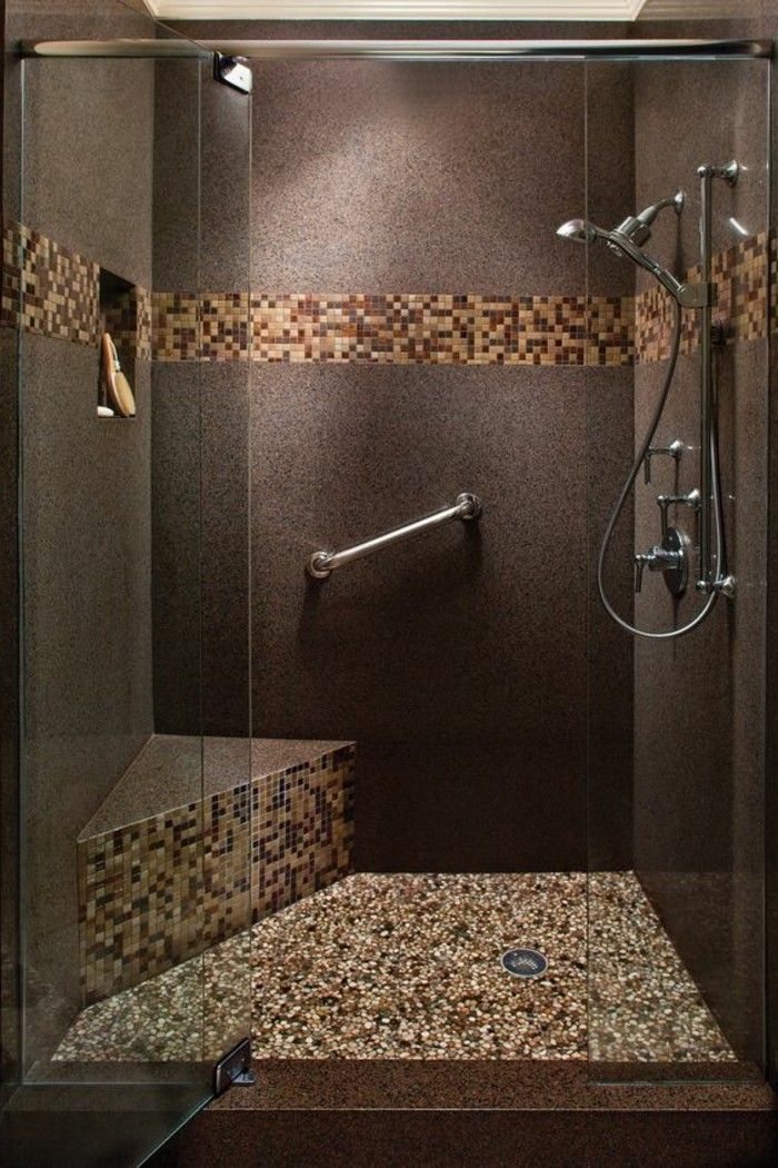 badgestaltung ideen badgestaltung in braun mit mosaikfliesen ...