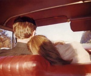 couple, car, and vintage resmi