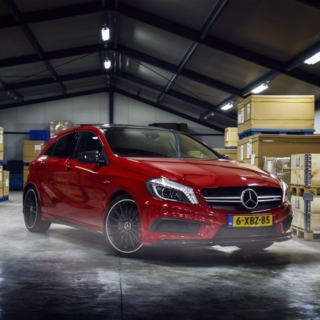 Red Passion: Mercedes-Benz A 45 AMG By