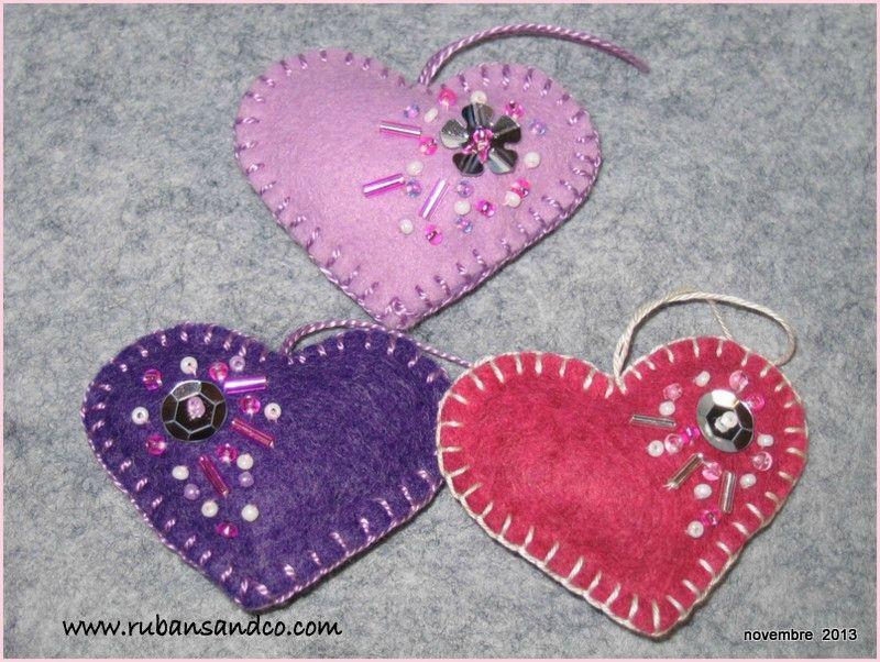 Super Tuto: Petits coeurs en feutrine | Coeur feutrine | Pinterest  OI95