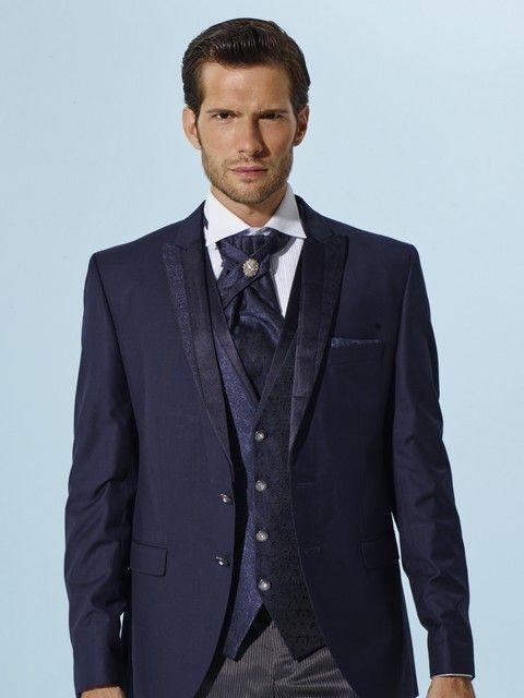 Pánsky svadobný oblek modrý svadobný salón valery  fcae8c4f2f