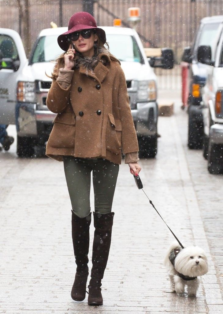 Olivia Palermo Photo - Olivia Palermo Walks Her Dog