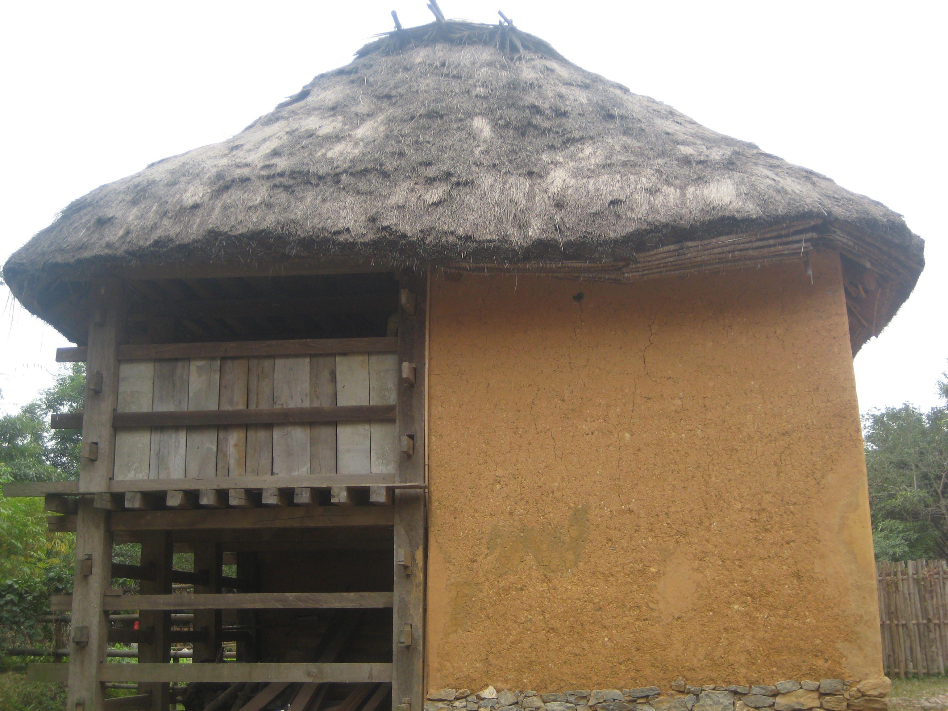 Nhà của người dân tộc Hà Nhì, Việt Nam