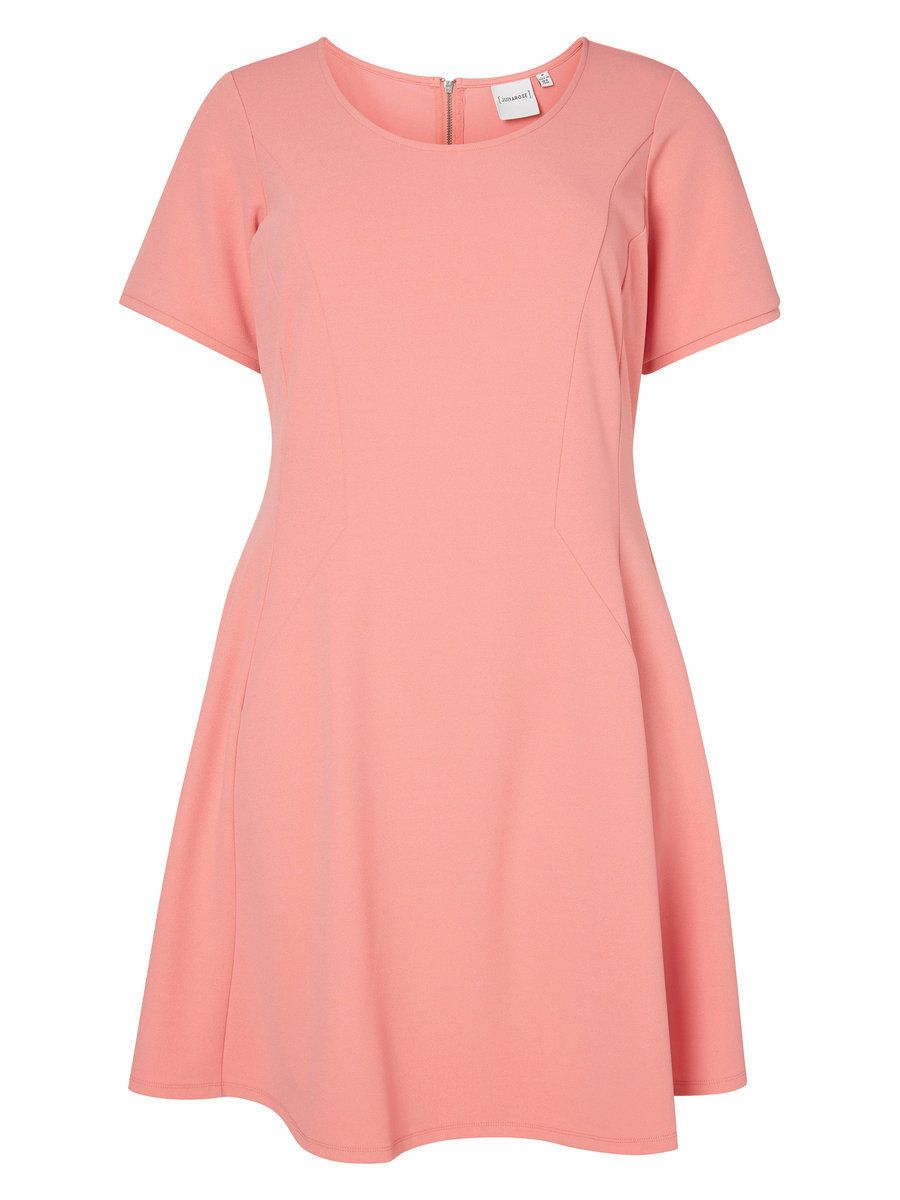 Short sleeved plus-size dress from Junarose - perfect for summer!