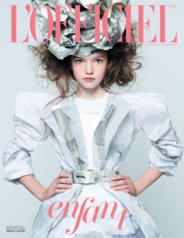 Mackenzie wears an #ArmaniJunior cotton t-shirt underneath her paper-made costume