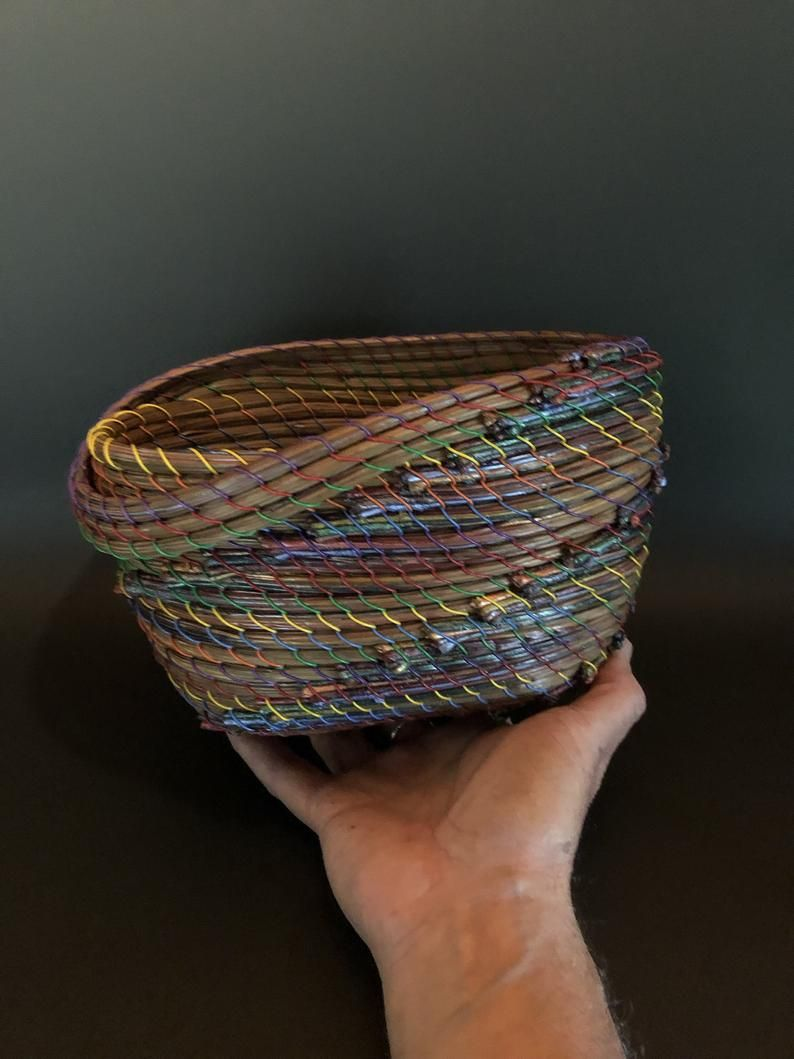 Oval Swag Pine Needle Basket Etsy In 2020 Pine Needle Crafts Pine Needles Pine Needle Baskets