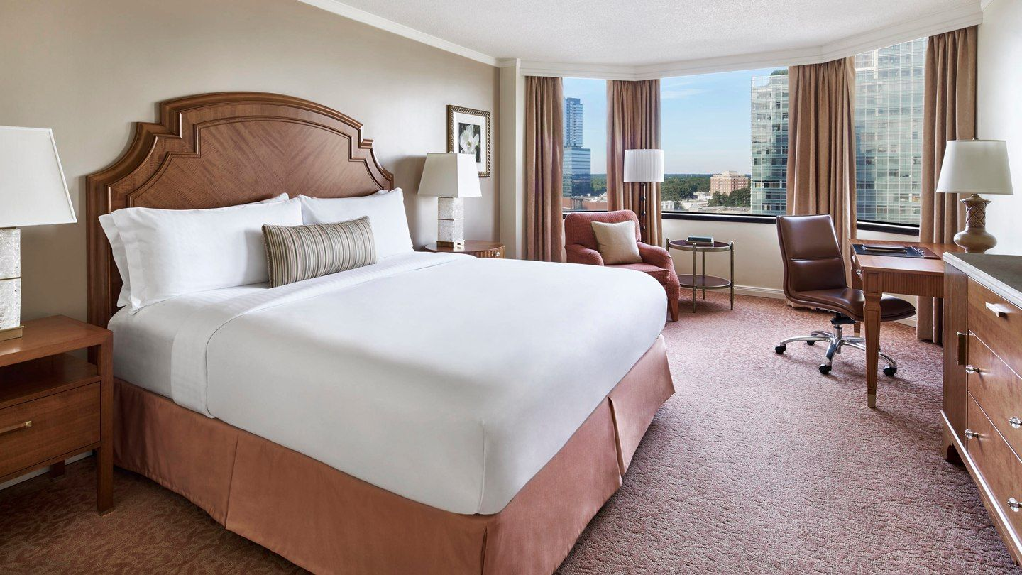 Deluxe Guest Room The Whitley, a Luxury Collection Hotel