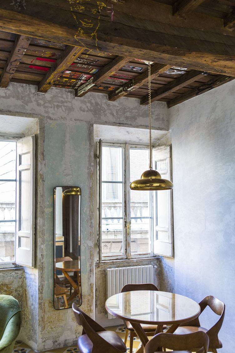 A centuries-old townhouse on the Piazza Navona is a lesson in 'contemporary nostalgia'...
