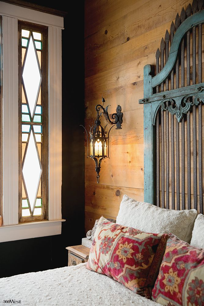 In The Bedroom Ornate Indian Doors Form The Headboard 360 West Magazine November 2016 Fortworth Restoration Reno Indian Doors Bedroom Design House Design