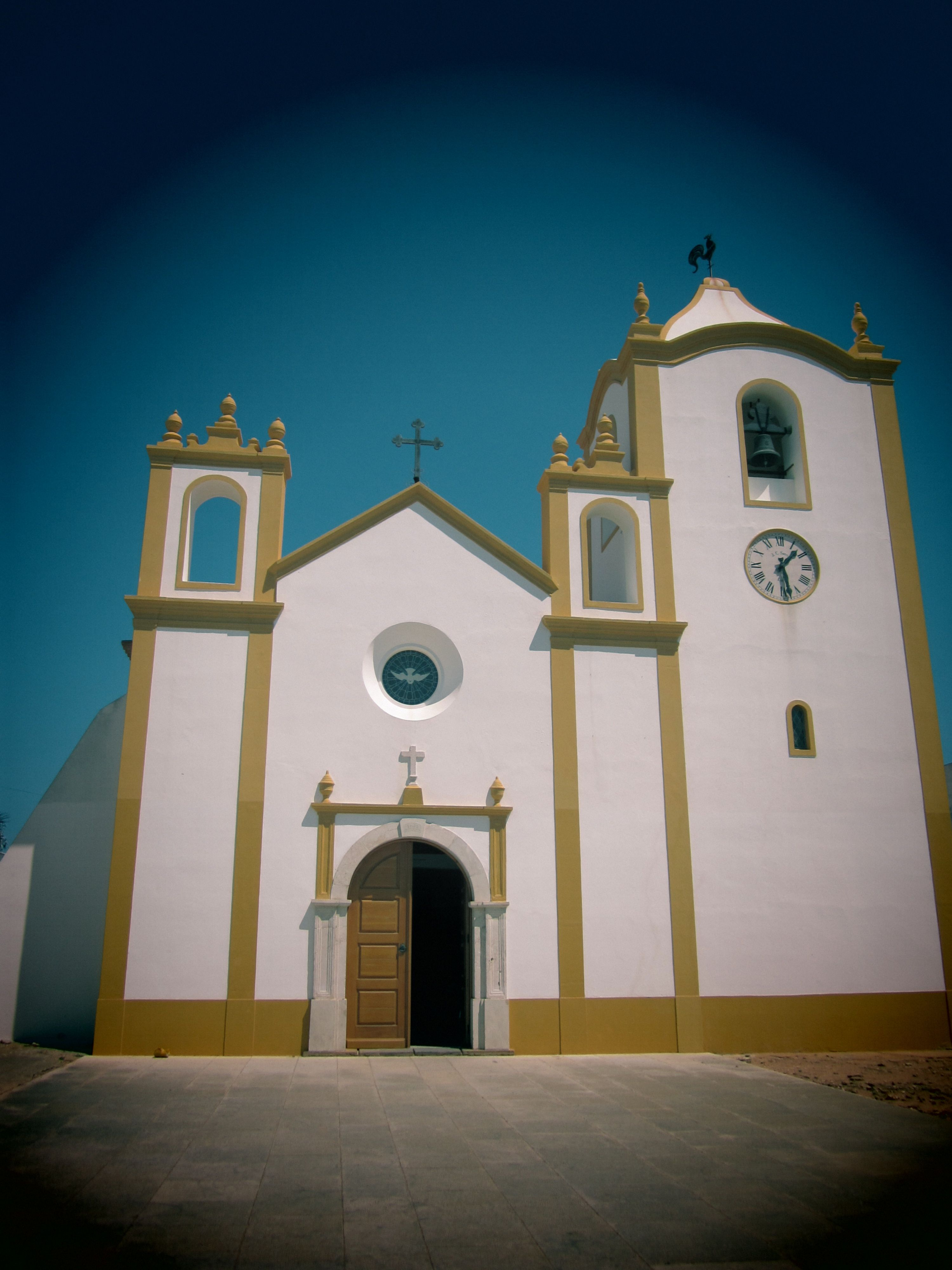 The church in Praia da luz  #portugal #algarve
