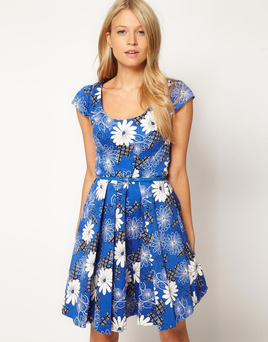Oasis Floral Fit And Flare Dress  $81.55NOW $65.24