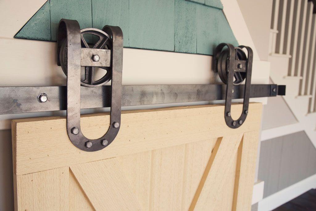 Horseshoe Vintage Barn Door Hardware   Artisan Hardware