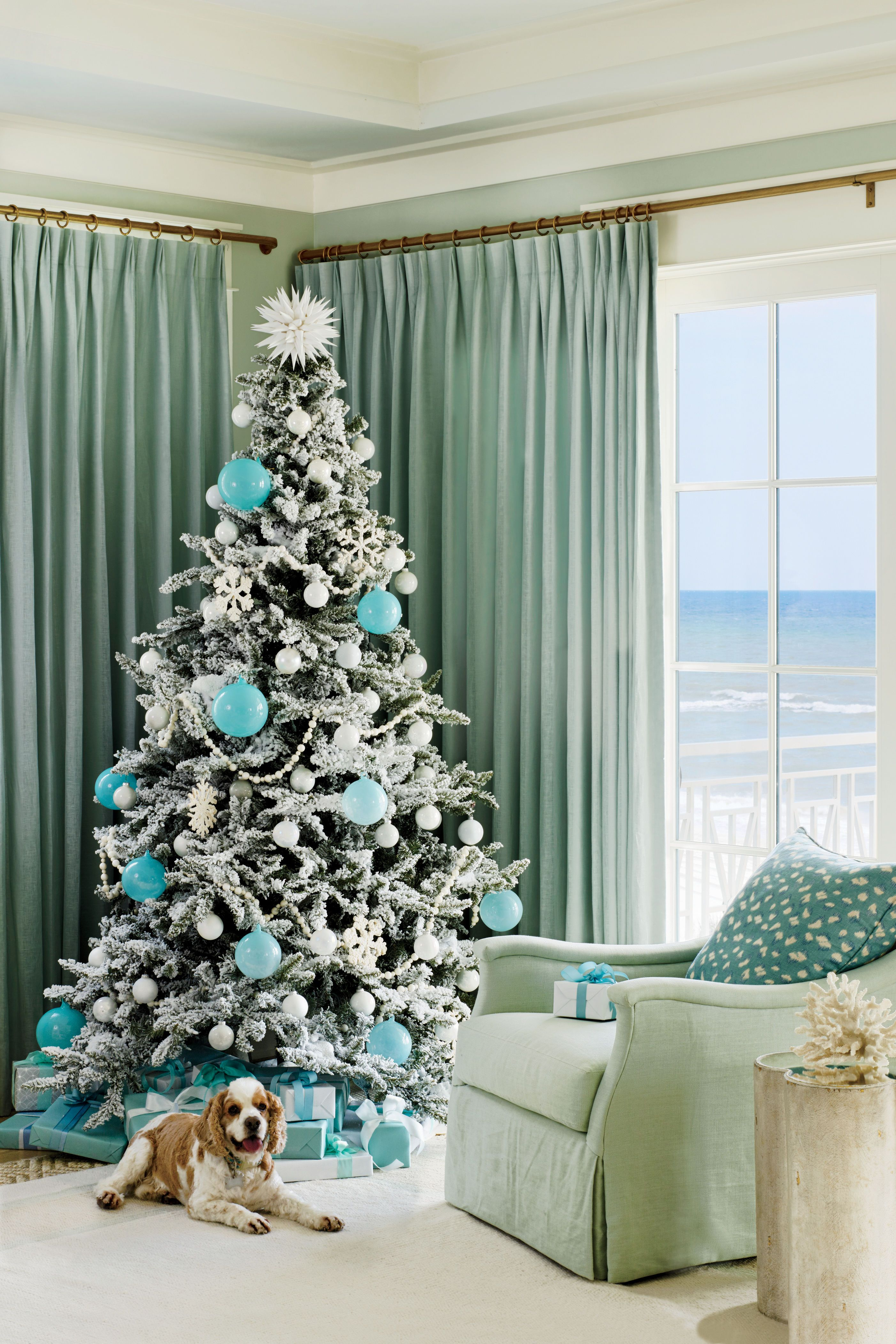 beach house christmas tree with turquoise ornaments lowcountry rh pinterest com