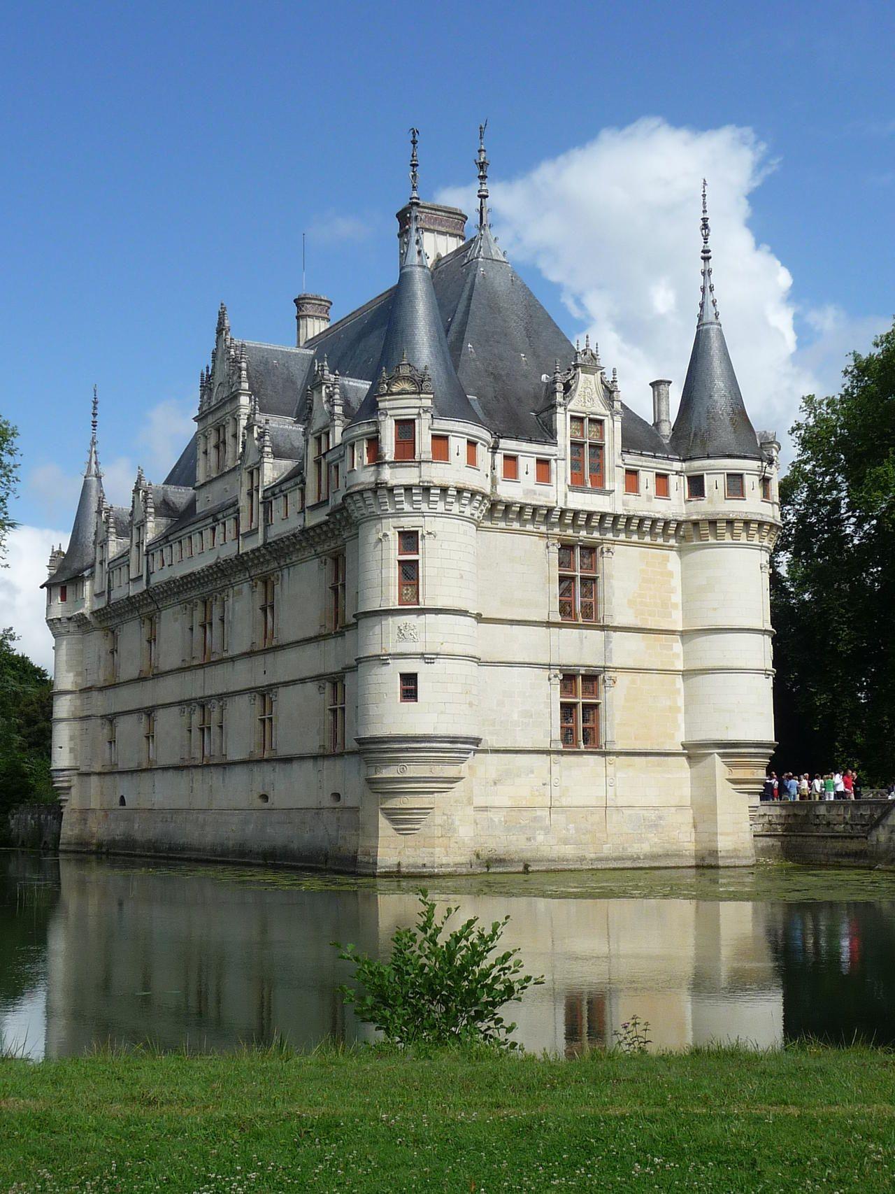 Chateau D Azay Le Rideau Chateau De La Renaissance Bati