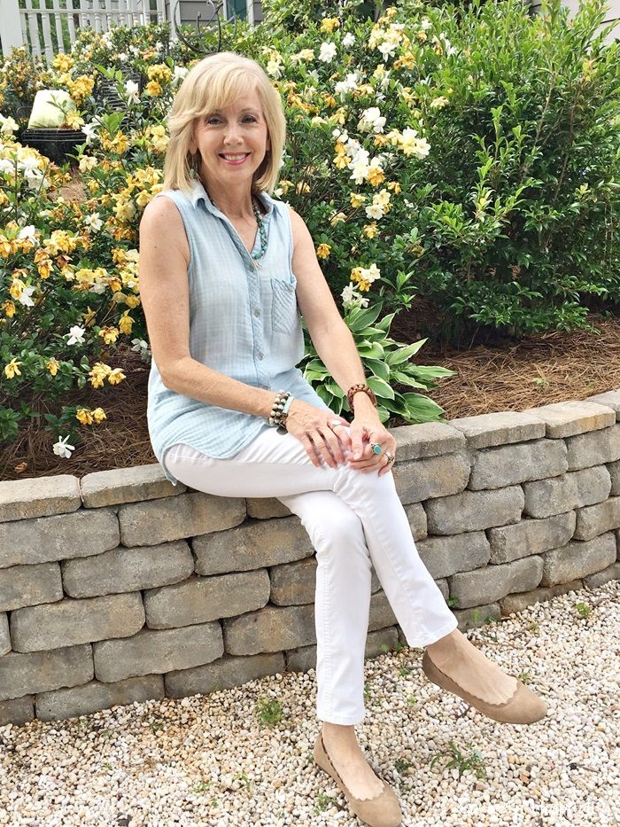 4202e28bff3d Fashion over 50  Blue Summer Top White Jeans - Southern Hospitality