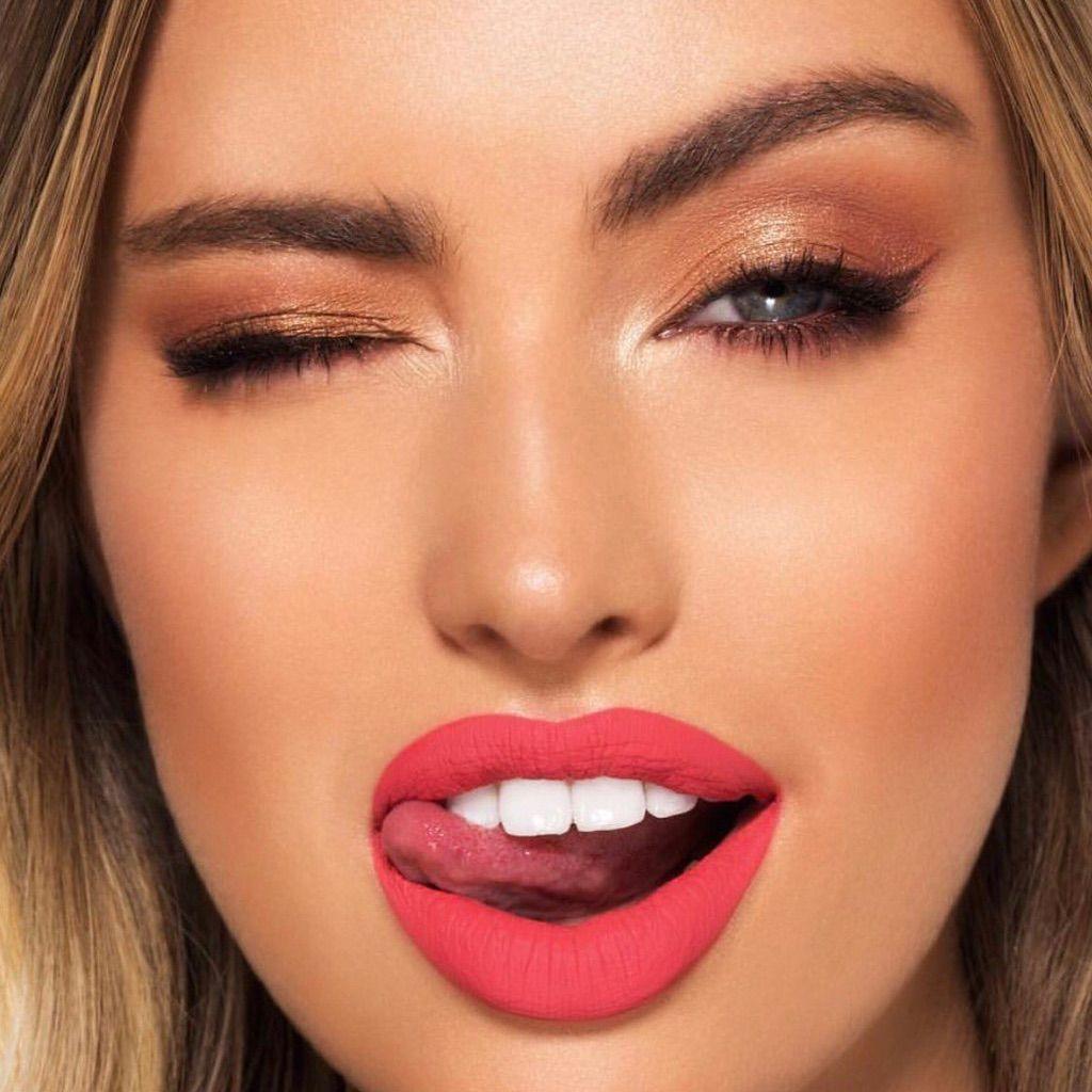 lipstick-facial-taylor-little-hardcore-movies