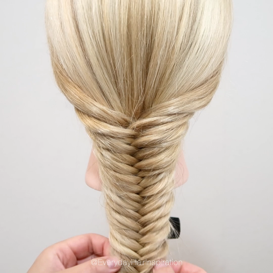 Photo of How to fishtail braid